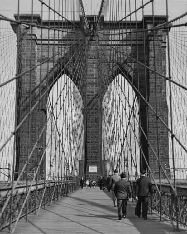 The structure of Brooklyn Bridge informed Hart Crane's most celebrated poem.