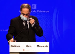Catalan regional president, Quim Torra, addresses a press conference in Barcelona.