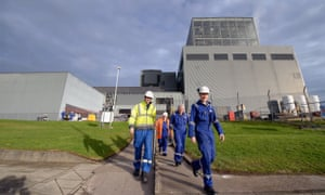 Hunterston B is temporarily offline after more cracks than expectred in the reactors' graphite cores.
