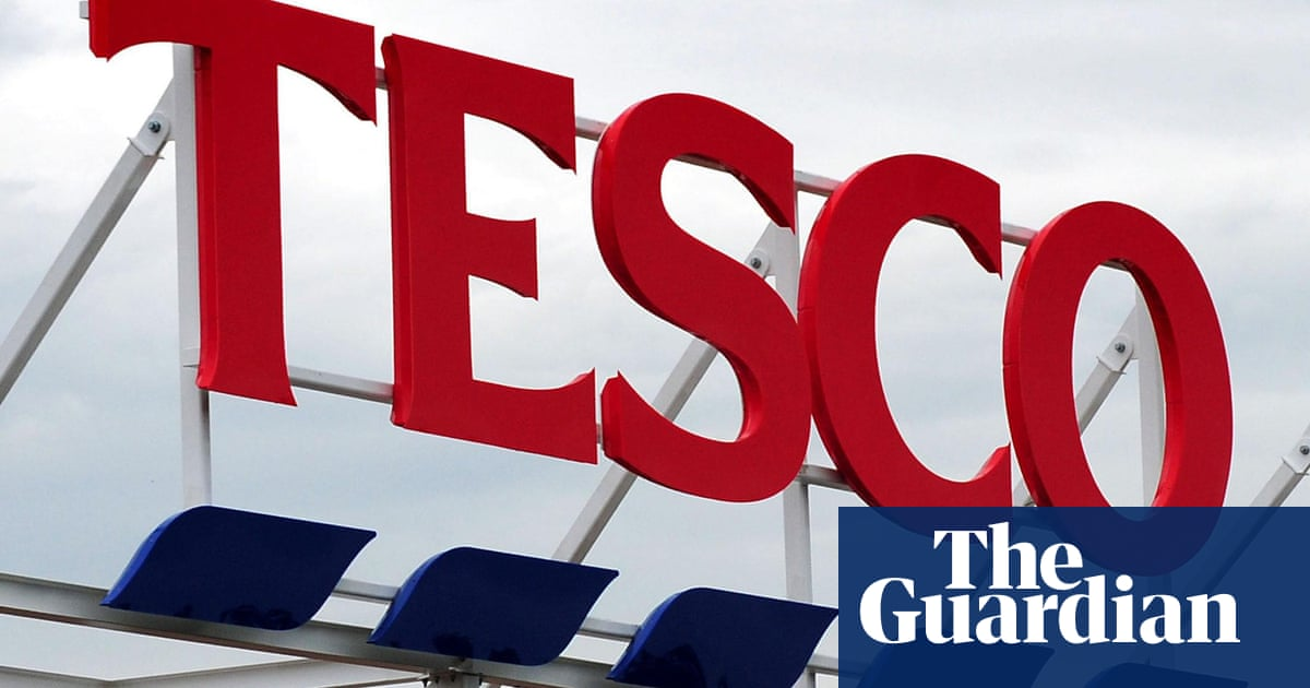 Tesco Continues Savings Drive As It Cuts 1200 Head Office Jobs