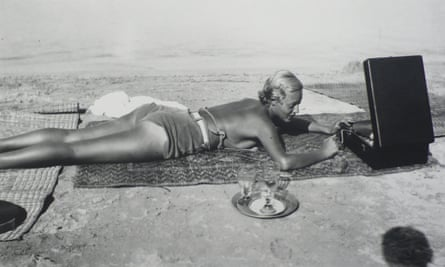 Chou Valton at la Garoupe beach, Cap d'Antibes in 1932