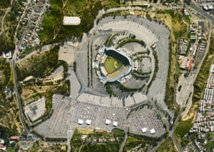 Dodgers Stadium – Los Angeles, CA. The second largest metropolitan area of the US is a host to the first large scale vaccination site in the country. The stadium commenced its inoculation operation at the end of January 2021, previously serving as one of the largest COVID-19 testing sites. (February 24, 2021)