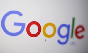 Google is reported to have removed links to the couple involved in the celebrity 'threesome' injunction.
