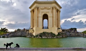 Montpellier's Chateau d'Eau, with four of the city's 26,000 dogs.