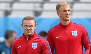Wayne Rooney and Joe Hart
