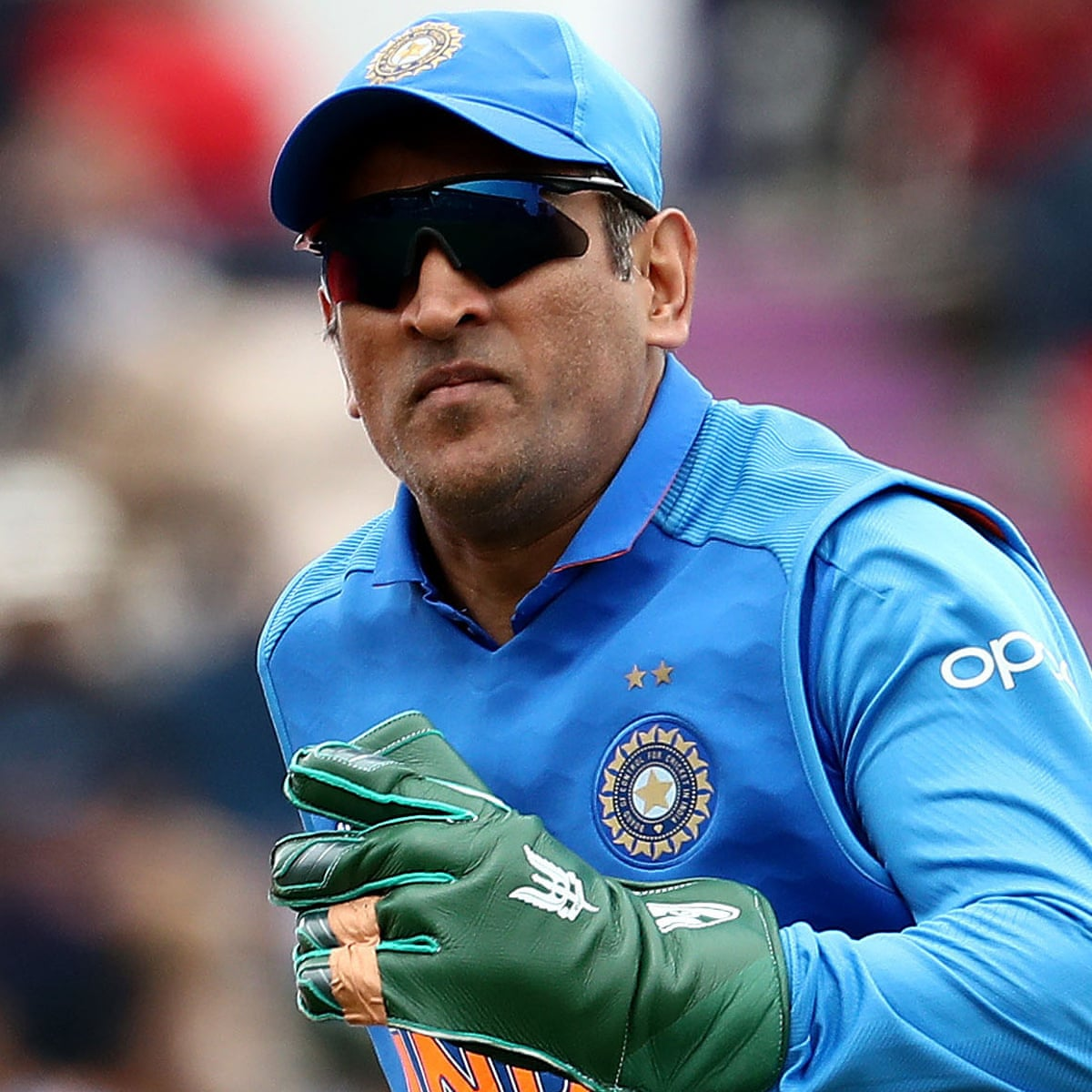 India's government steps in after ICC asks MS Dhoni to remove army ...