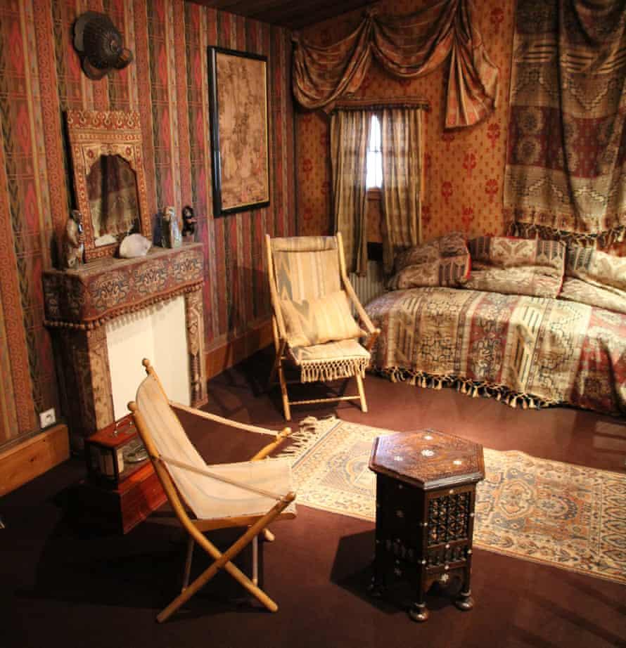 A resconstruction of Joseph Vallot's oriental salon in the Chamonix Alpine Museum