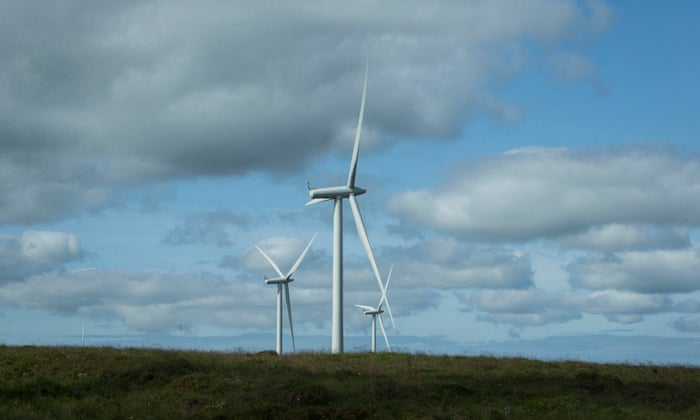Drop in wind energy costs adds pressure for government