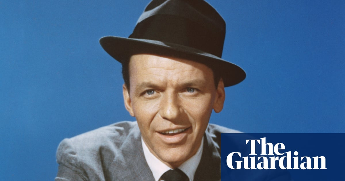 What links Frank Sinatra, Christopher Lee and Steve Martin? The Weekend quiz