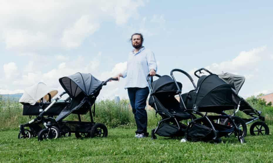 Pram and stroller expert Wade Elliott, 41, a Californian living in Oslo.
