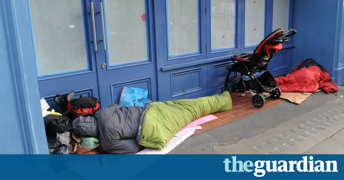 Home Office policy to deport EU rough sleepers ruled unlawful