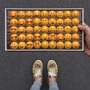 Emoji bonbons