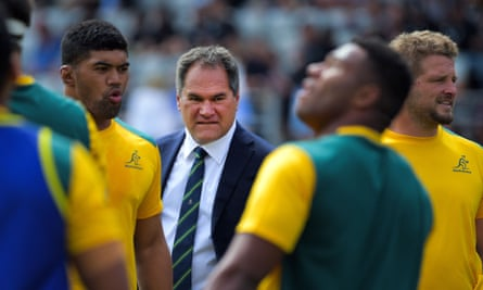 Dave Rennie and several Wallabies players