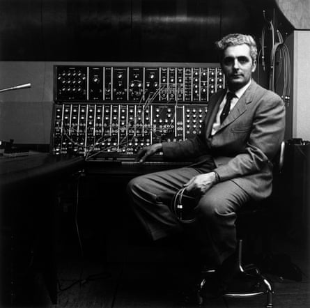 Robert Moog with his synthesiser in 1970.