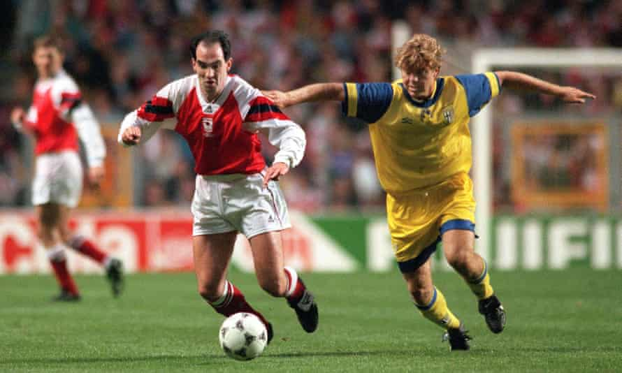 Steve Morrow tussles with Thomas Brolin during Arsenal's 1-0 win over Parma in the 1994 European Cup Winners' Cup final.