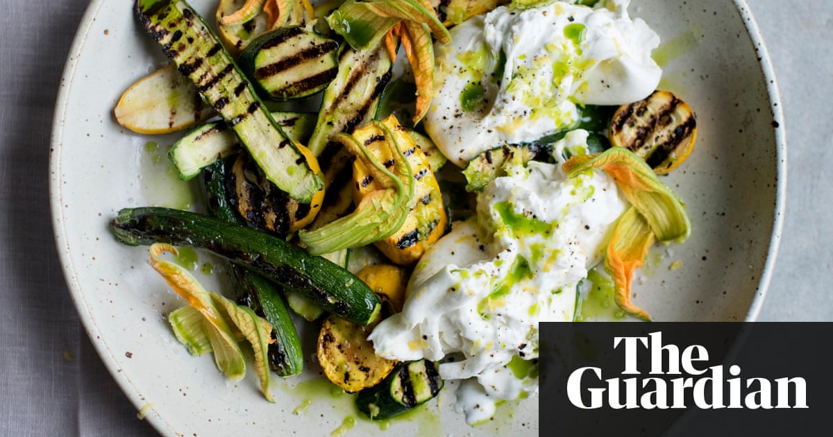 Vegetarian barbecue recipes to fire up the imagination anna jones vegetarian barbecue recipes to fire up the imagination anna jones life and style the guardian forumfinder Image collections