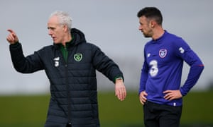 Mick McCarthy offers some advice to Sheffield United defender Enda Stevens during a training session