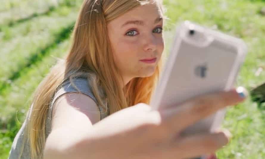 Selfie esteem issues … Elsie Fisher in Eighth Grade.