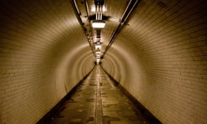 Woolwich foot tunnel. Time distortion not illustrated.