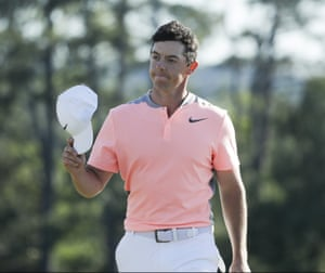 Rory McIlroy tips his hat on the 18th.