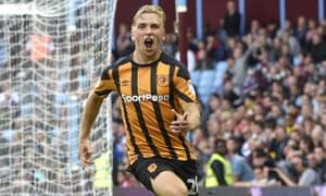Jarrod Bowen of Hull City celebrates after scoring the equaliser