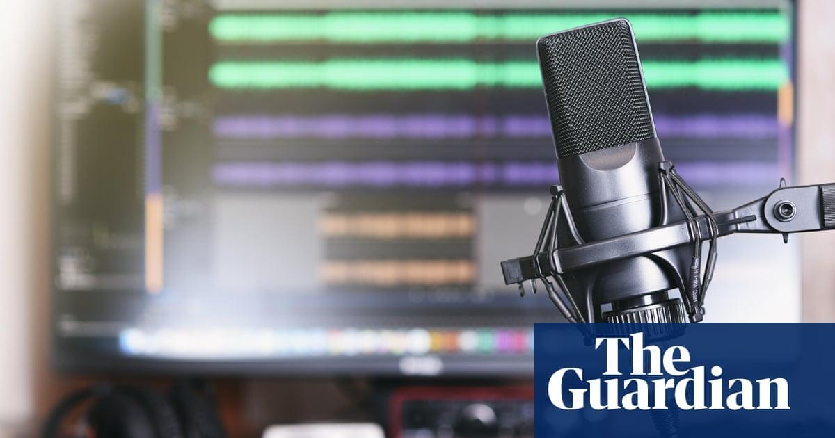 Colorado radio host who urged boycott of vaccines dies of Covid-19