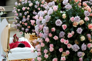 Detroit, US The body of the late singer Aretha Franklin lies in state at the Charles H. Wright Museum of African American History for two days of public viewing