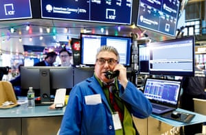 New York Stock Exchange on Fed raising ratesepa07240666 Traders work during news reports about the United States Federal Reserve's decision to raise interest rates on the floor of the New York Stock Exchange (NYSE), in New York, New York, USA, 19 December 2018. EPA/JUSTIN LANE