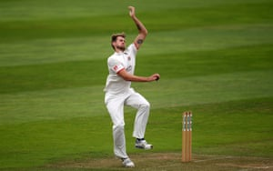 Tom Bailey bowling for Lancashire.