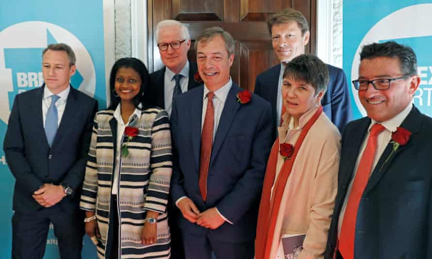 Nigel Farage with Brexit party candidates