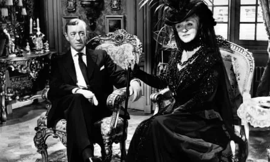 Davis as the cantankerous countess in The Scapegoat, with Alec Guinness.