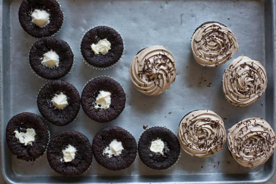 Tiramisu cupcakes: fill with mascarpone, then top with this coffee buttercream icing.