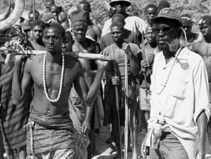 Sembène on location for Emitai in Senegal, 1971