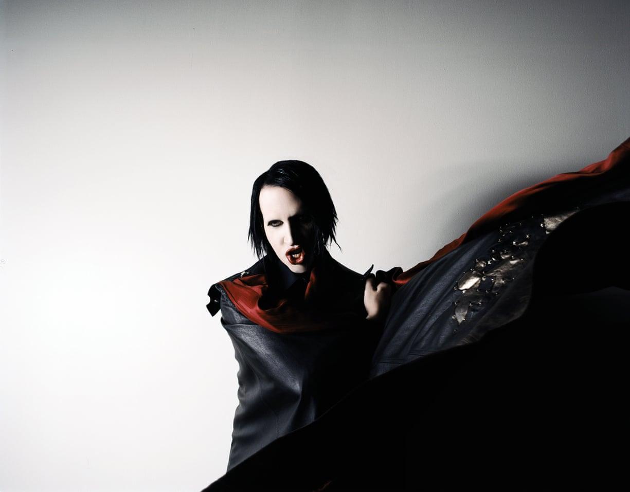 "Marilyn Manson >> álbum ""We Are Chaos"" - Página 3 4772"