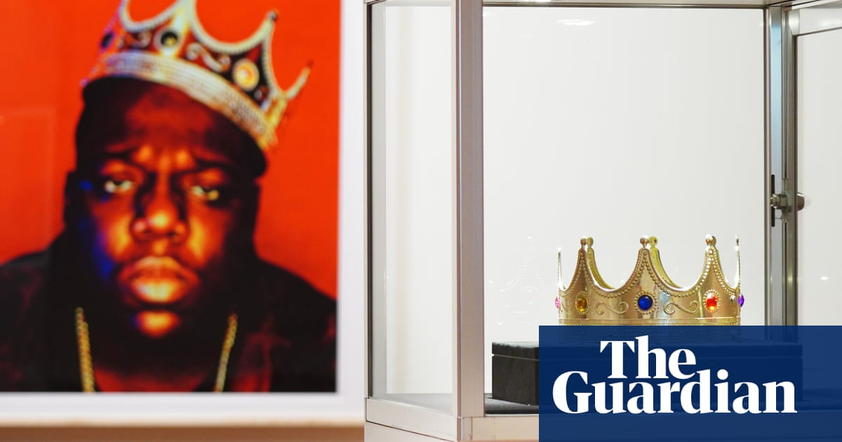 Notorious BIG's $6 crown sells for almost $600,000 at auction - The Guardian