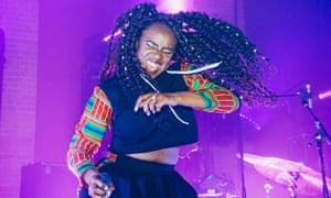 Nao performing at The Village Underground in London.