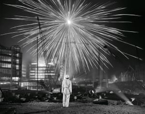 Big Bang, Broadgate, London, 1986 Growing up and working in England's industrial Midlands helped Griffin instil real emotions and character to the people in front of his camera