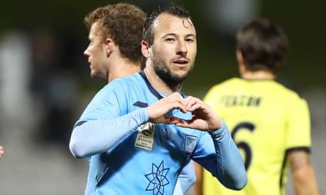 A-League returns: Sydney FC  3-1 Wellington Phoenix - as it happened