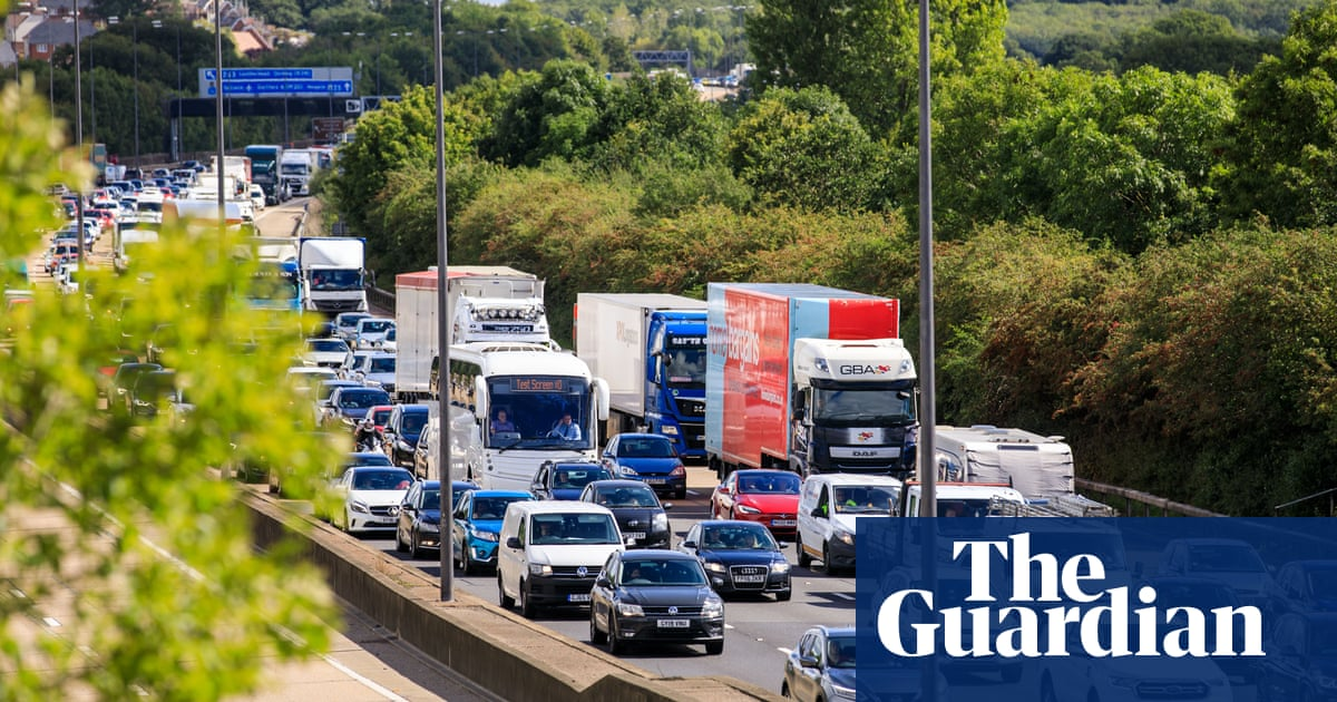 Bank holiday traffic: sun and Covid easing may mean return of jams