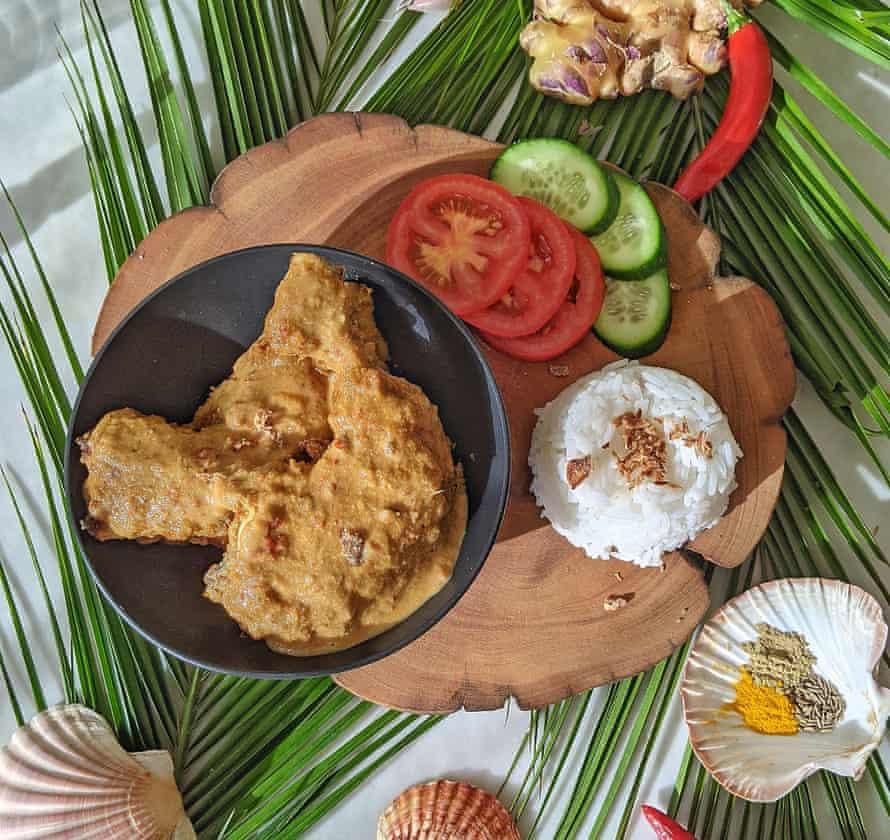 Calisha Bennett's Cocos Islander ayam panggang