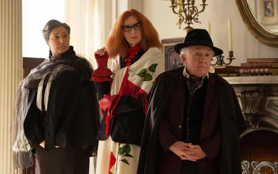 Robin Barlett, Frances Conroy and Leslie Jordan in American Horror Story.