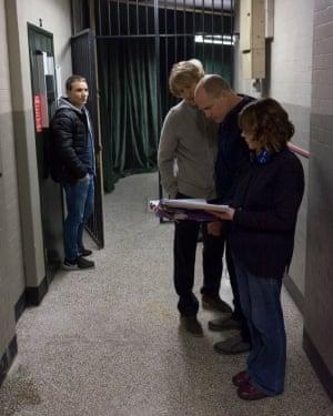 Harrelson with Owen Wilson in rehearsals.