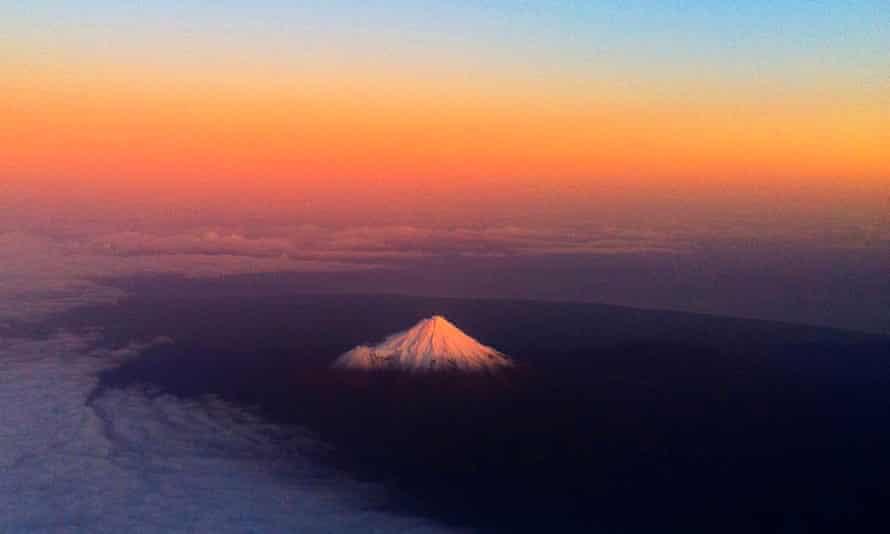 New Zealand's Mount Taranaki