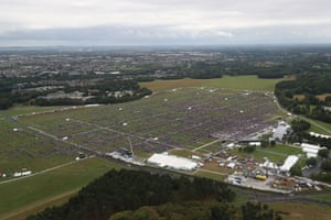 An aerial view of the crowd at Phoenix Park in Dublin