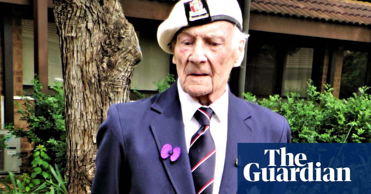 Frozen pensions: 'unfair' policy costs 94-year-old £62,000