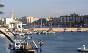 Puglian charm ... Bari, Italy.