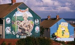 murals in Belfast in 1998.