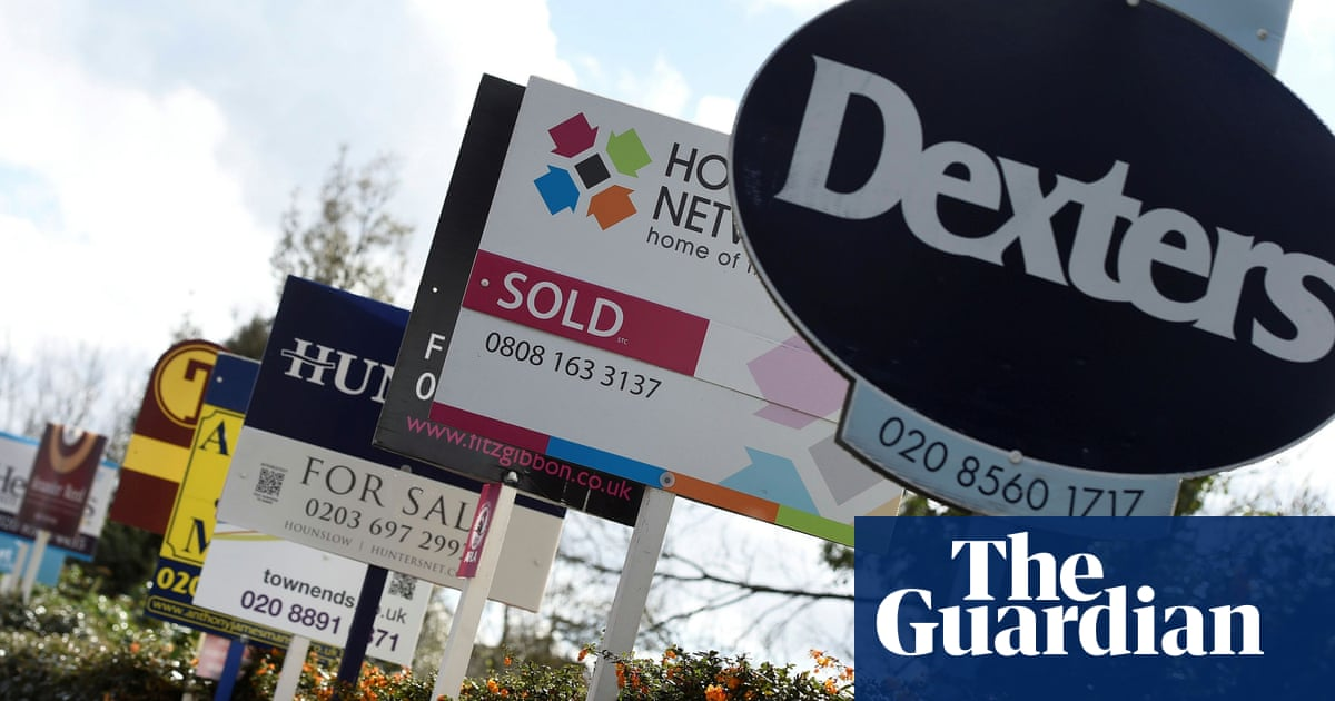 'Frenzied buyer activity' drives house prices to new high