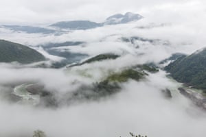 Clouds and sea scenery of the Brahmaputra River Grand Canyon, Tibet, ChinaW0D1CH Clouds and sea scenery of the Brahmaputra River Grand Canyon, Tibet, China