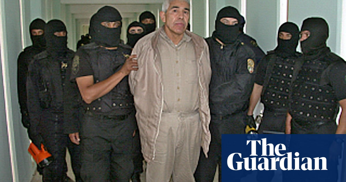 Fugitive Mexican Drug Lord Says He Has No Money In Legal Appeal Mexico The Guardian